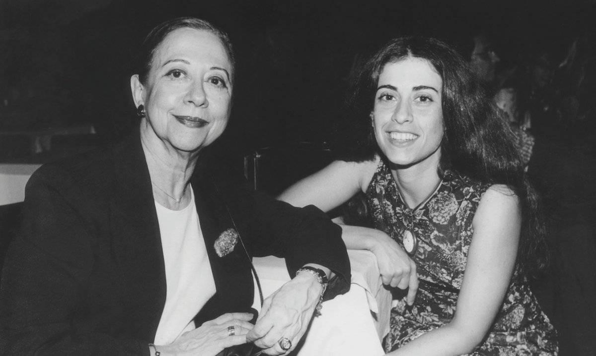 Com a filha e também atriz Fernanda Torres, em foto sem data | Acervo Pessoal
