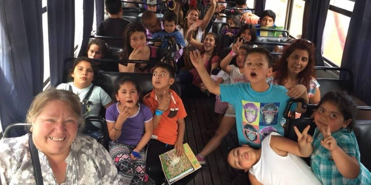 """""""Mujer Impacta"""" celebró en su día a los niños de  la Fundación Las Parcelas en La Pintana"""