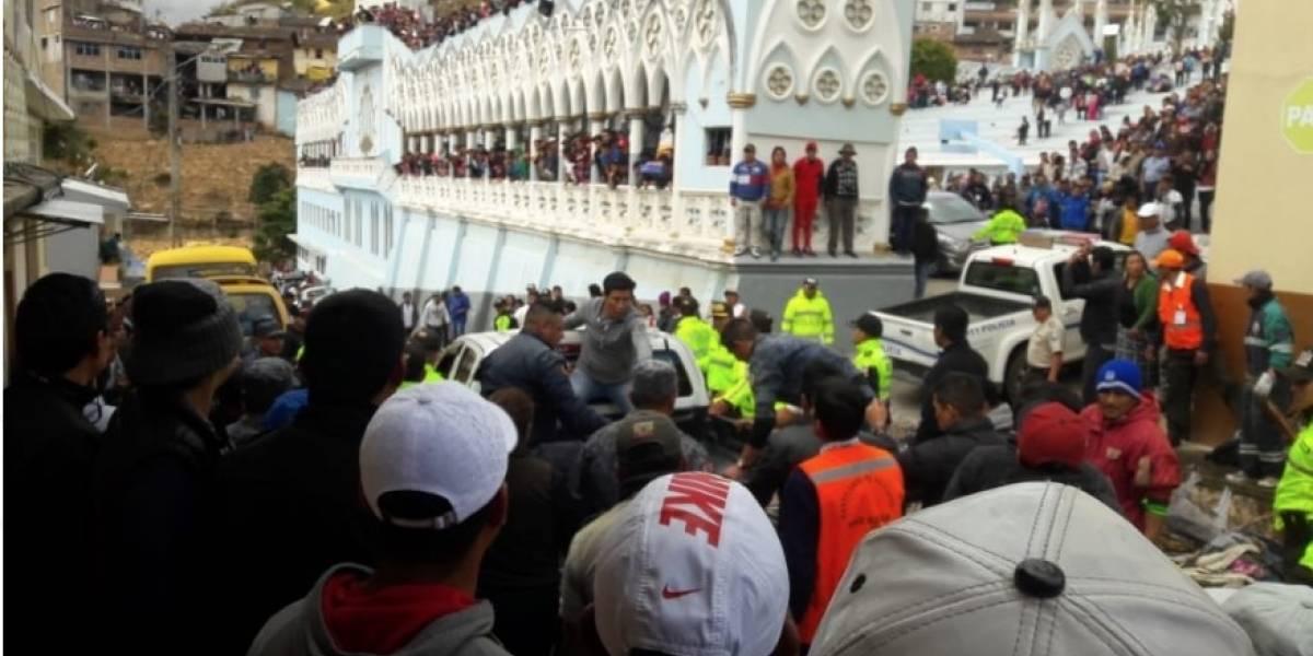 Incendio deja 2 muertos y 10 heridos en parroquia El Cisne, en Loja