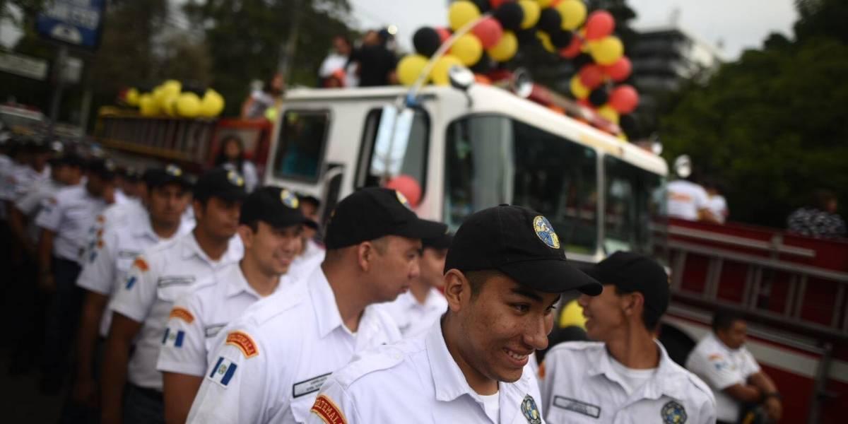 Inician actividades por el 67 aniversario de los Bomberos Voluntarios