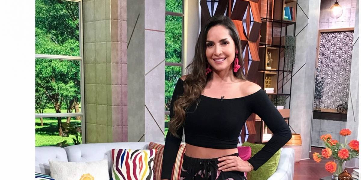 Novio de Carmen Villalobos le pide matrimonio en un programa de TV