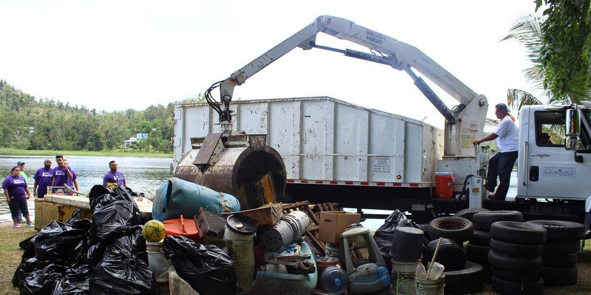 Remueven 14 toneladas de basura del Embalse Carraízo
