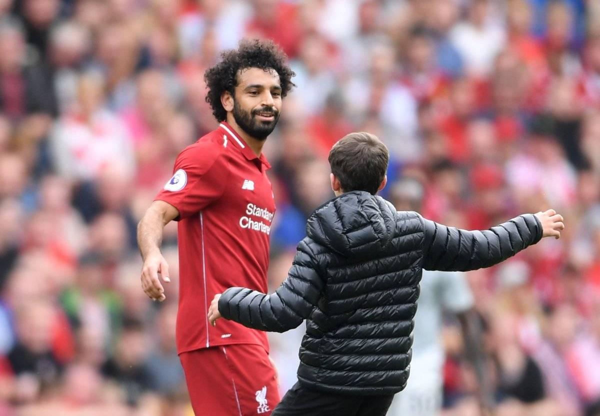 Liverpool denuncia a Salah por usar el celular mientras conducía