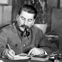 Sale a la luz la orden de Stalin para el bombardeo a Berlín en 1941. Noticias en tiempo real