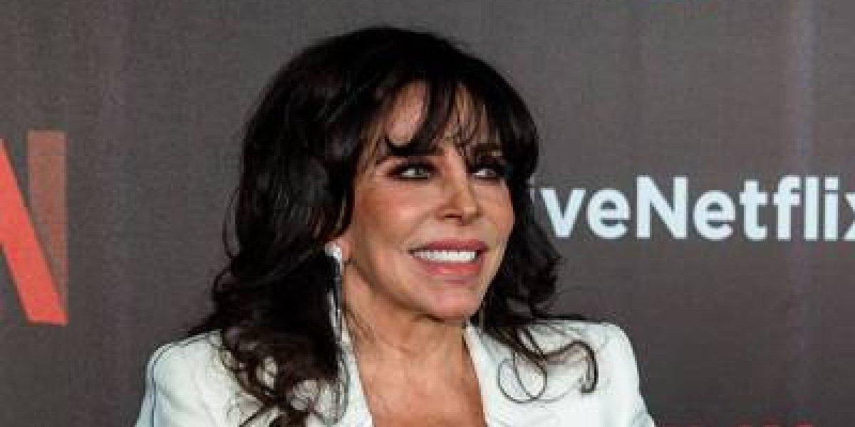 """Verónica Castro regresa a la actuación; protagoniza la serie """"La Casa de las Flores"""" de Netflix"""