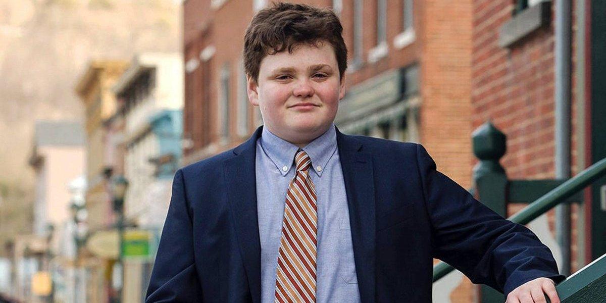 Niño de 14 años busca convertirse en gobernador