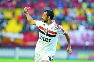 https://www.metrojornal.com.br/esporte/2018/08/13/sao-paulo-vence-o-sport-e-mantem-lideranca-brasileirao.html