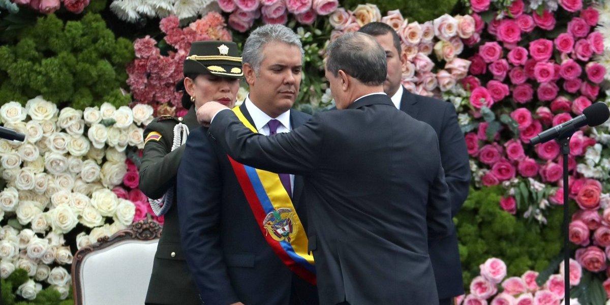 Duque no irá a la posesión de Bolsonaro en Brasil, pero mandará a alguien