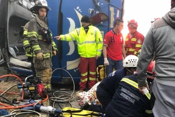 barcelona hinchas accidente bus