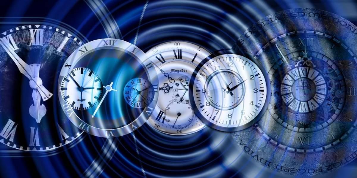 Un hombre asegura ser viajero en el tiempo... y pasó la prueba del detector de mentiras