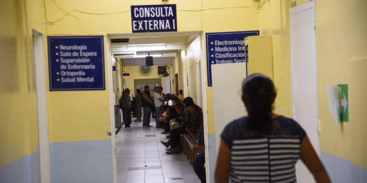 Suspenden atención en consulta externa del hospital Roosevelt