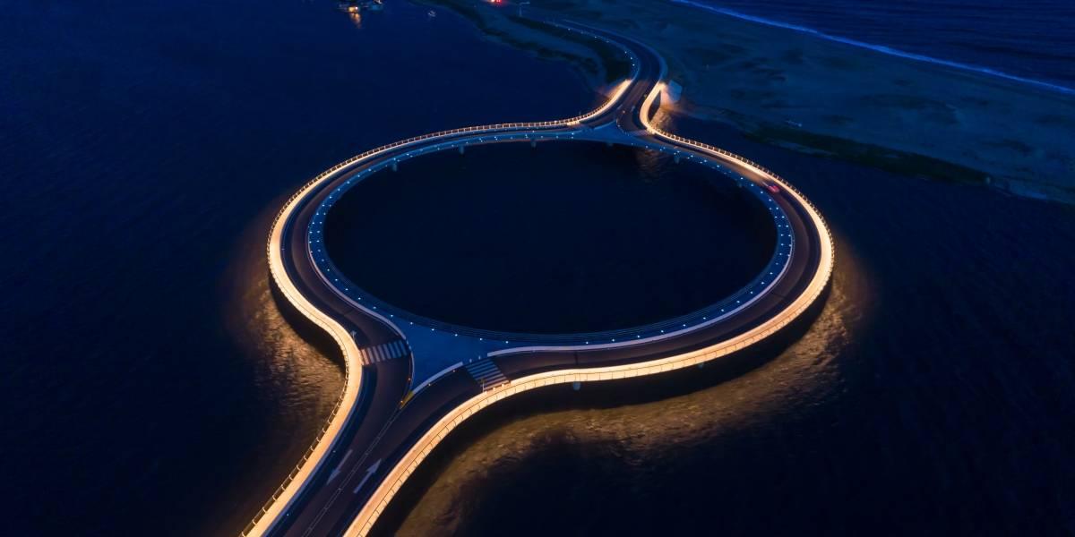 El puente flotanteque desafía a la naturaleza