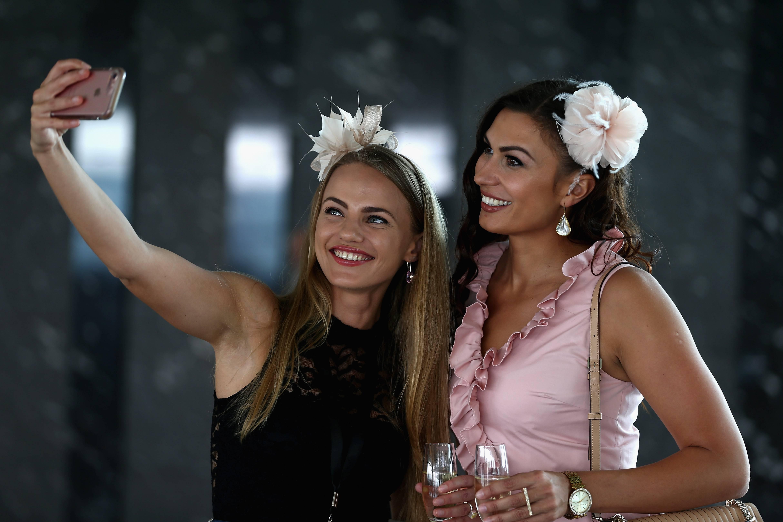 Las selfies están cambiando drásticamente la percepción que tenemos de nosotros mismos