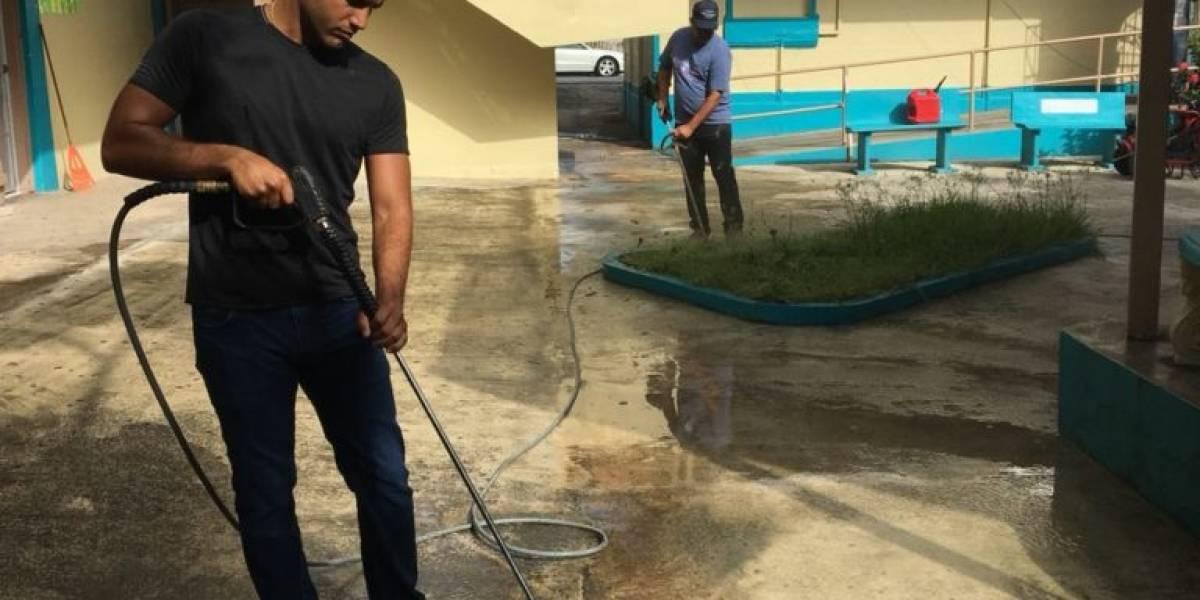 DACO adopta escuela en Santurce