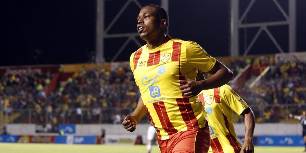 Liga de Quito vs. Aucas: El error de Edson Montaño durante el partido