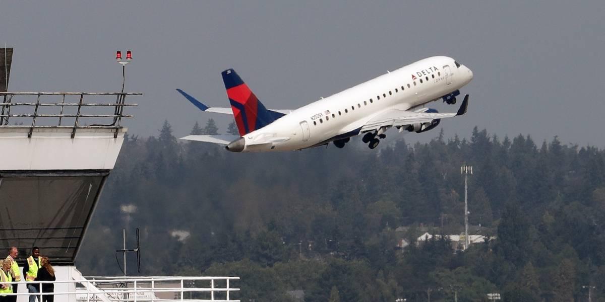 Aeropuerto de Seattle revisa seguridad tras robo de avión por un empleado