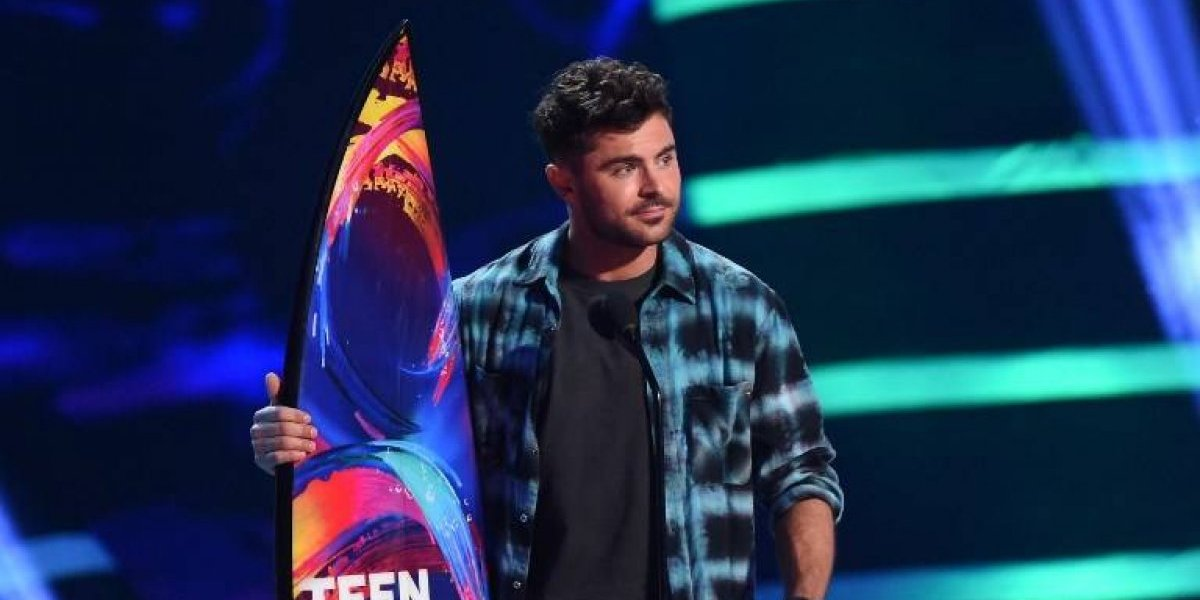 Zac Efron y Riverdale triunfan en los Teen Choice Awards 2018