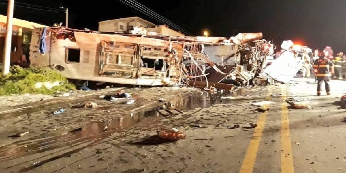 Ecuador: al menos 24 muertos y 19 heridos, la mayoría de Venezuela y Colombia, tras volcarse un autobús cerca de Quito