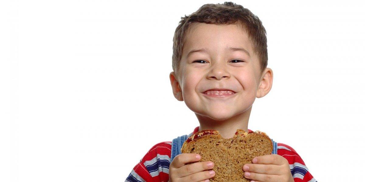 Dales a tus niños una merienda saludable en el regreso a clases