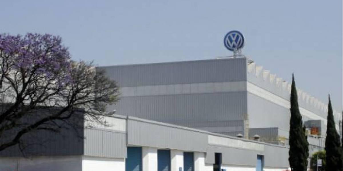 México: Volkswagen bombardea el cielo para que no granice, pero los campesinos dicen ser afectados