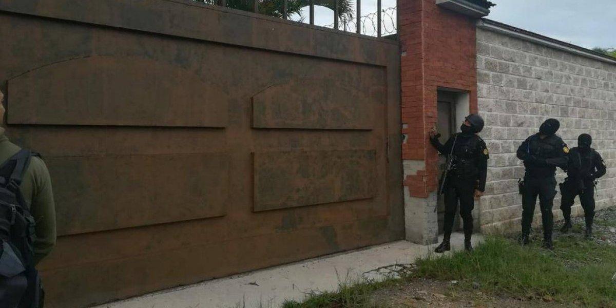 Ocho ecuatorianos en una red de narcotráfico