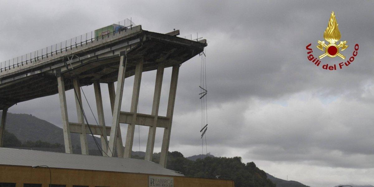 Así fue el impactante momento en el que se desploma puente en Génova