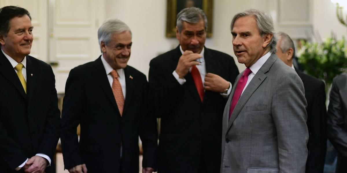 ¿Reelección al estilo Maduro o Evo Morales?: Moreira presenta proyecto para extender mandato de Piñera