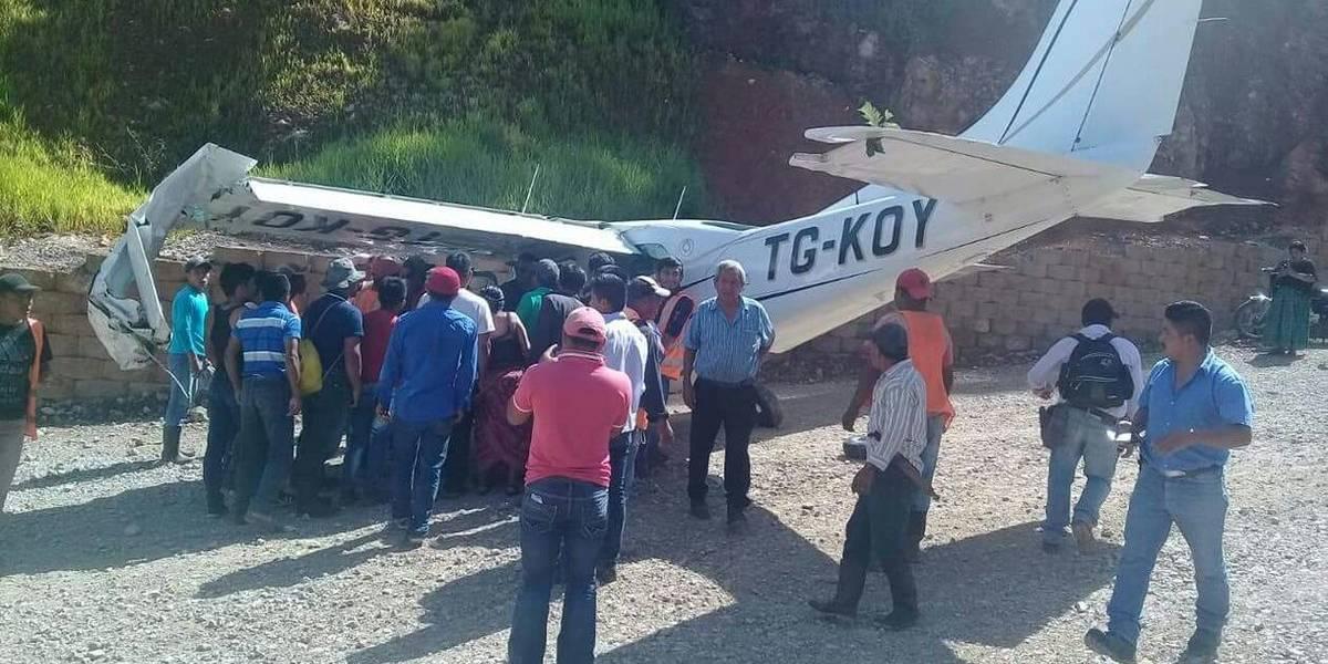 Aeronave realiza aterrizaje de emergencia en Alta Verapaz