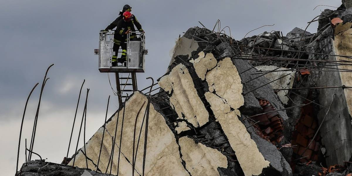 Colapso del puente de Génova deja docenas de muertos
