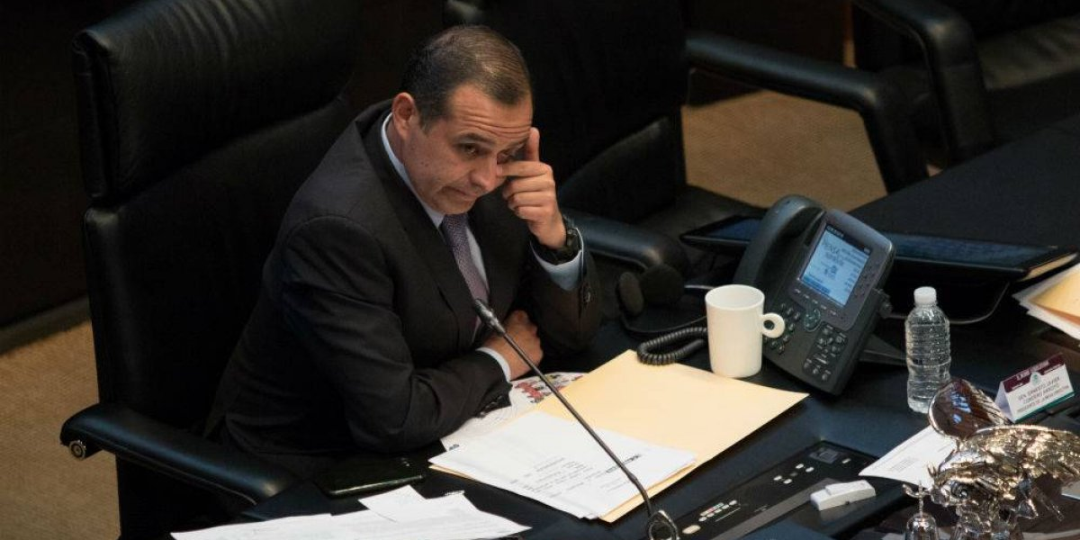 Ernesto Cordero se retira de la vida pública