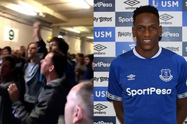 Hinchas del Everton recibieron a Yerry Mina