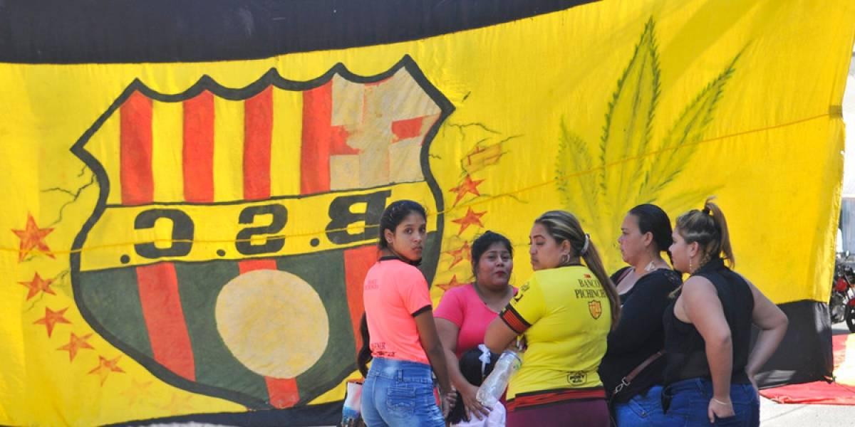 Funerales en Guayaquil a 12 hinchas del Barcelona de Ecuador