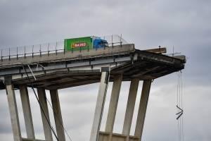 Imágenes del puente colapsado en Italia. / Foto: GettyImage