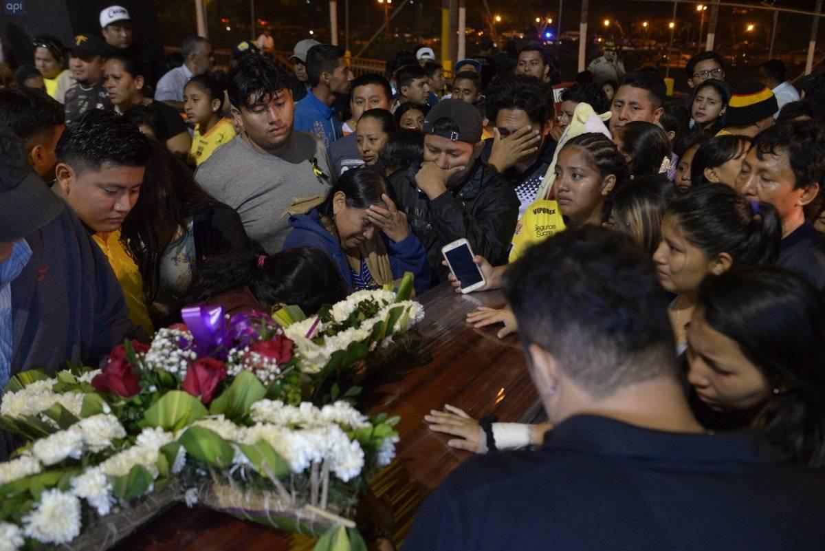 Los cuerpos de los hinchas de BSC llegaron a Guayaquil la medianoche del 13 de agosto