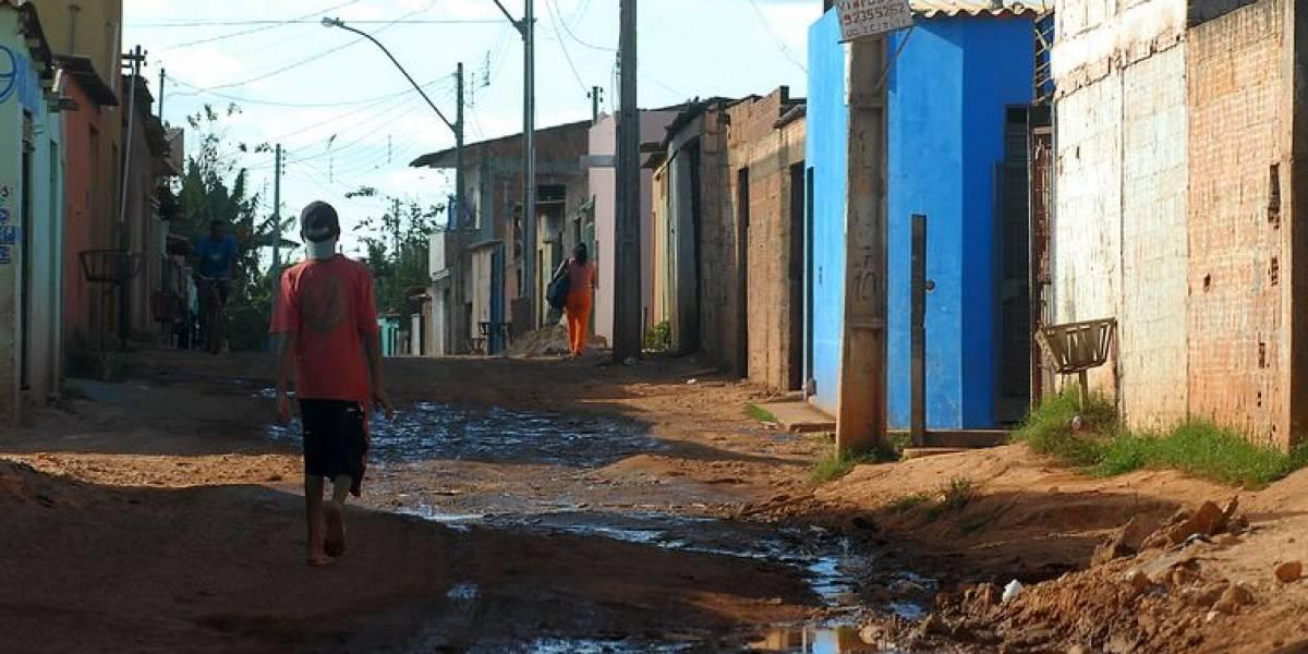 Metade da população brasileira não tem acesso à rede de esgoto