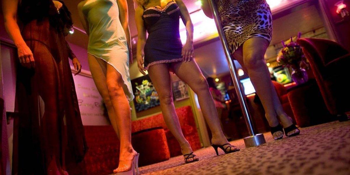 A cambio de fiestas de 15 años, niñas vendían sus virginidades a extranjeros