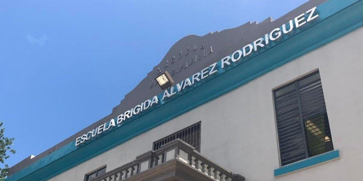 Faltan por nombrar 15 maestros en una sola escuela de Vega Baja