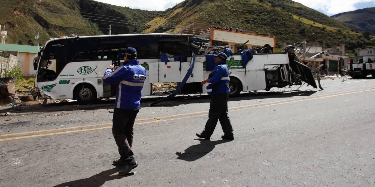 Las serias irregularidades del bus colombiano que se estrelló en Ecuador