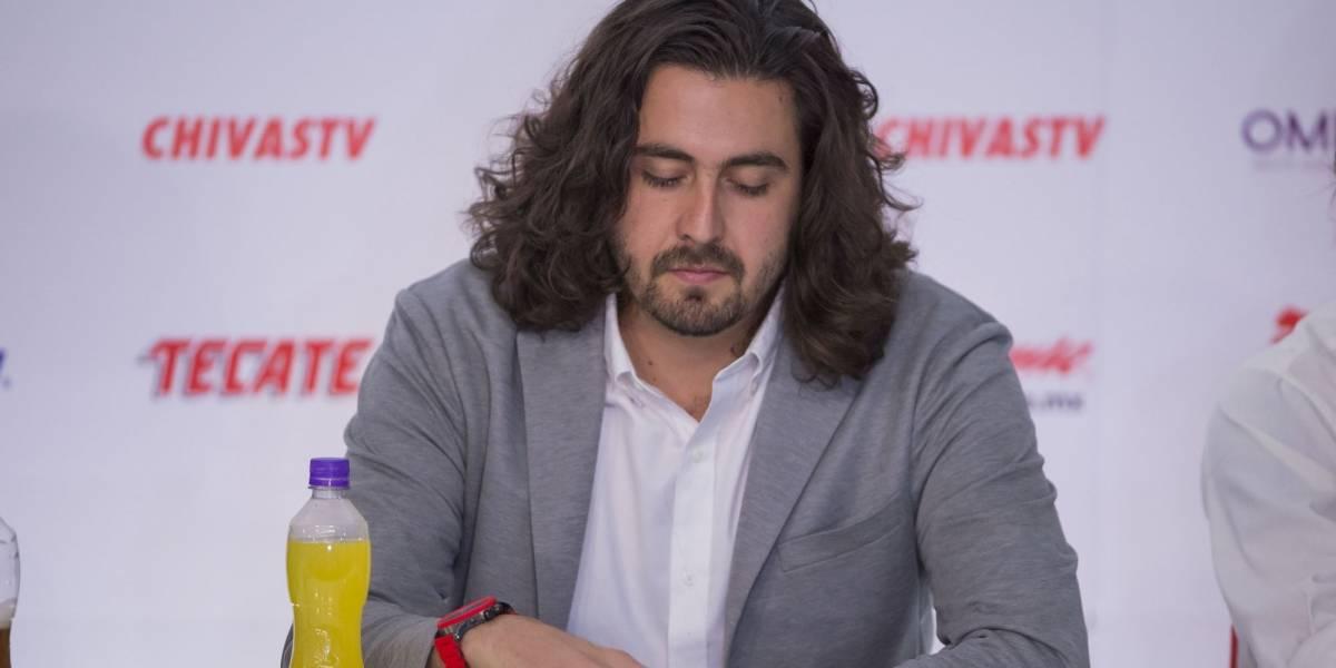 Chivas niega existencia de dobles contratos en el club