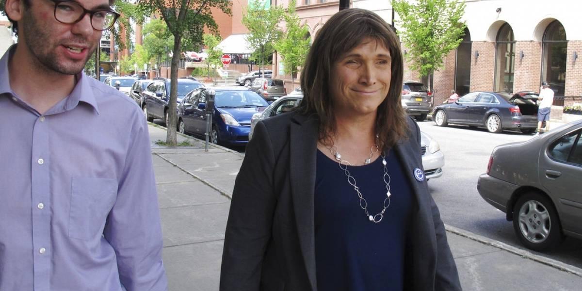 Christine Hallquist, primera mujer transgénero candidata a gobernadora en EU