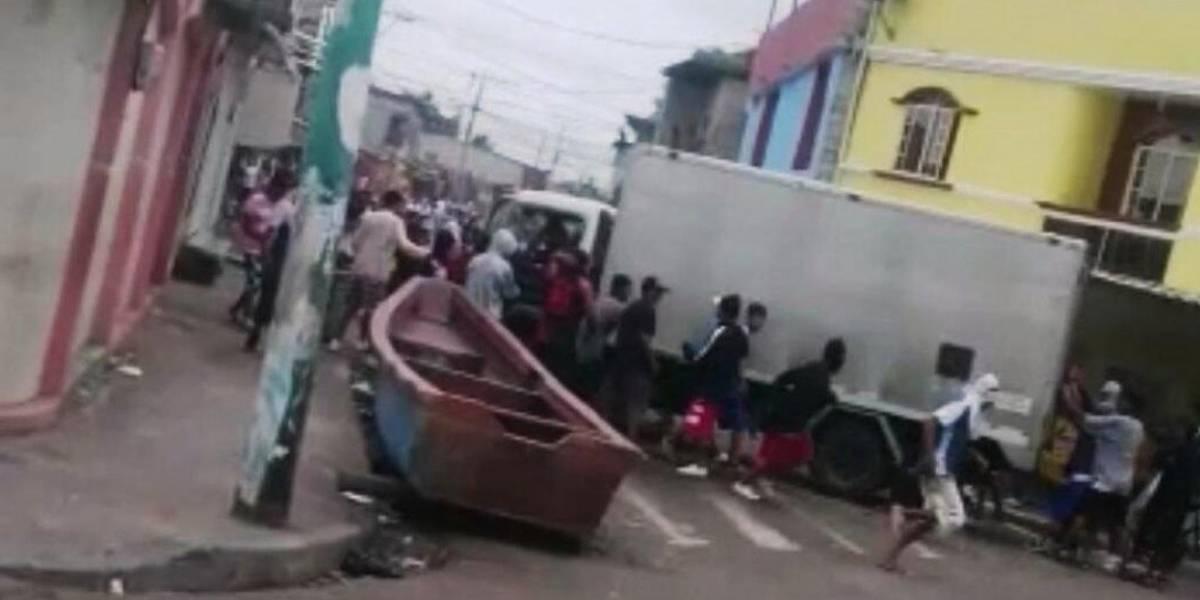 Saqueos y vandalismo en Puerto Bolívar ponen en alerta a autoridades