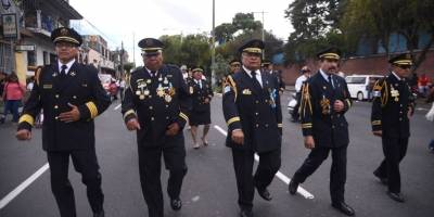 desfile67aniversariobomberosvoluntarios21-b66f2843372d8419275c4c855b0d9b1d.jpg