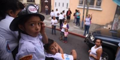 desfile67aniversariobomberosvoluntarios26-6b6b4b7f79e43633ed87183b488f0010.jpg