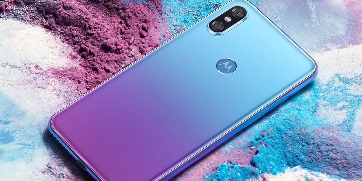 El Motorola P30 es oficial: un brutal Android con rostro de iPhone X