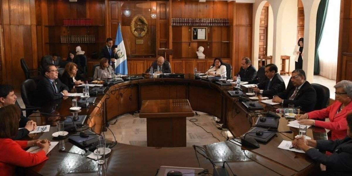 El gremio de abogados participa en la elección de magistrados judiciales.. Foto: Omar Solís