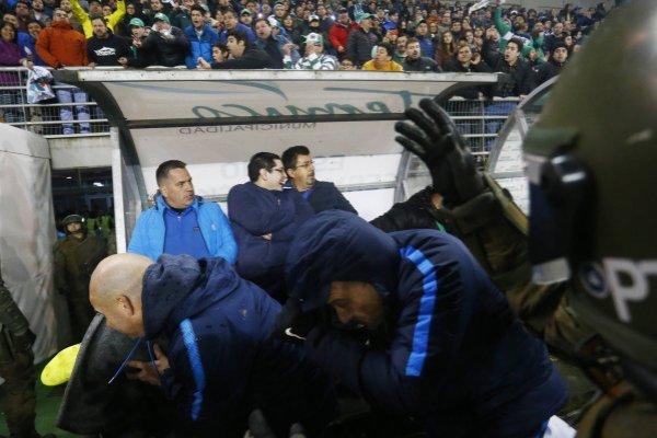 Los jugadores y cuerpo técnico de San Lorenzo sufrieron en el Germán Becker / imagen: Photosport