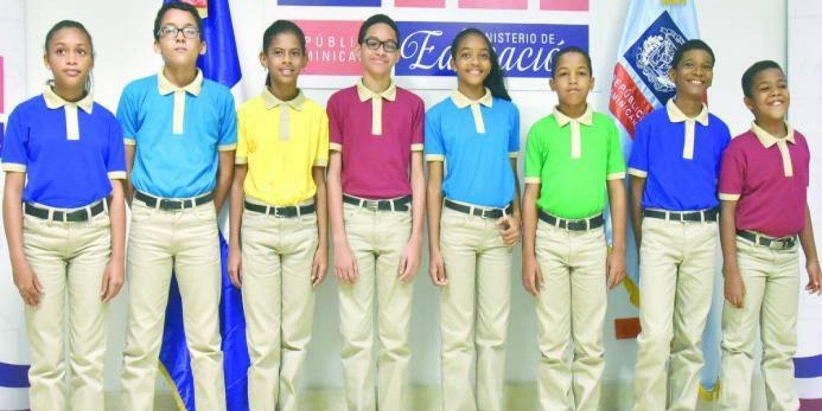 Ministerio de Educación recuerda que uniformes para nuevo curso escolar son gratuitos