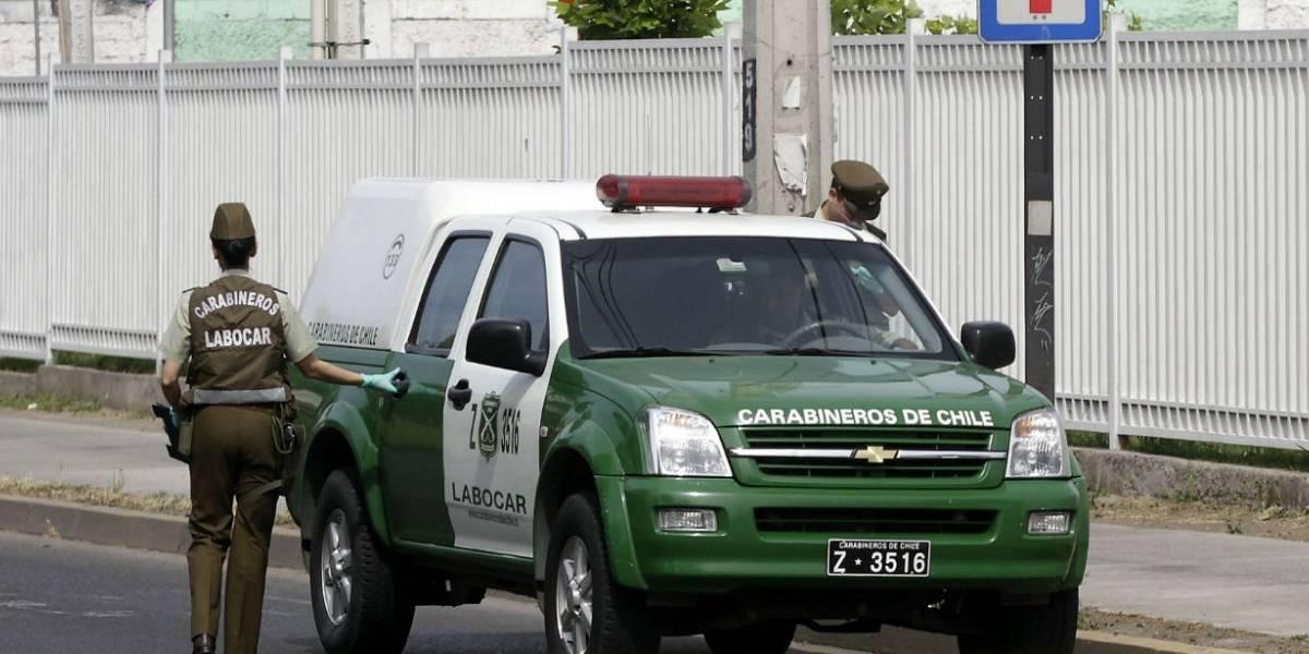 Sorprenden a hombre estrangulando a su pareja en Padre Hurtado: hija de 2 años queda herida tras defender a su madre