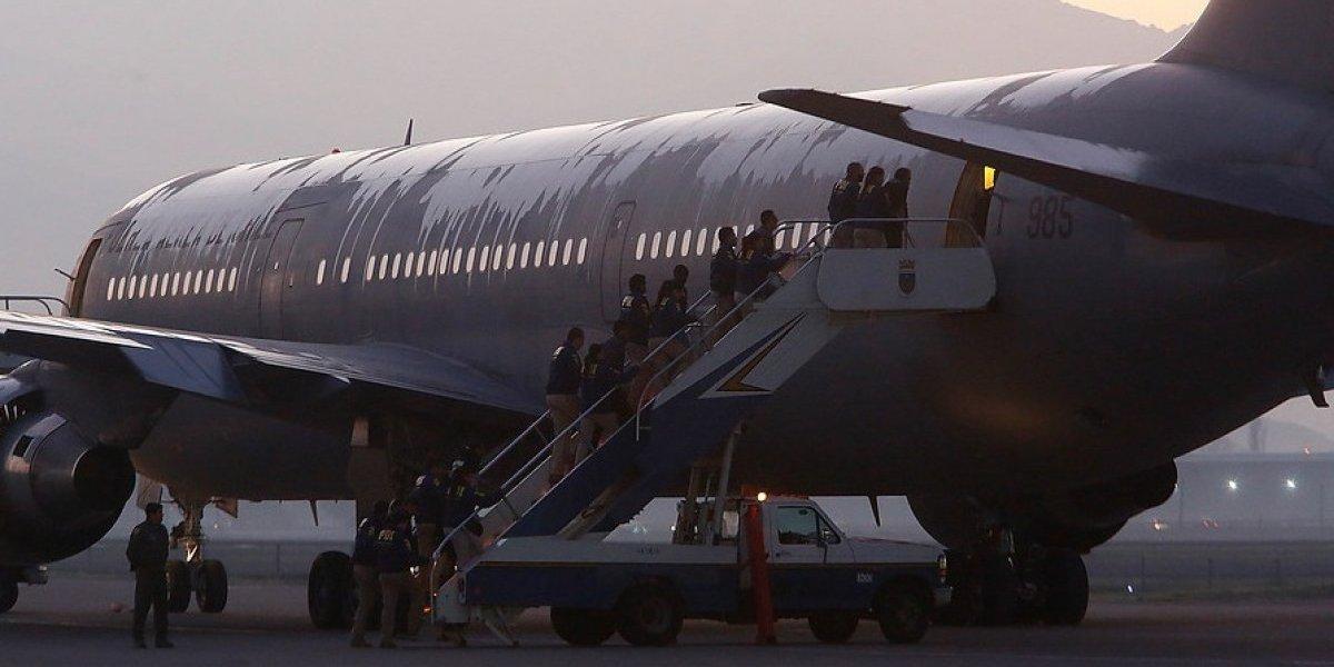 Porque era más barato, rápido y masivo: Gobierno explica embarque en avión de uso presidencial en expulsión de 51 colombianos