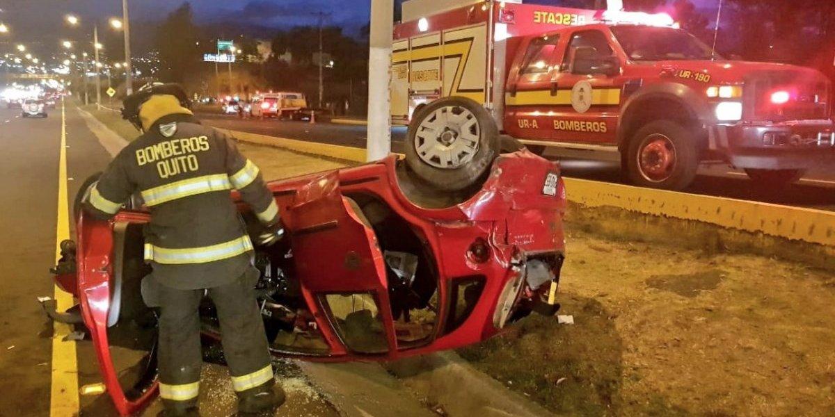 Quito: Se registró un accidente de tránsito en la Autopista General Rumiñahui